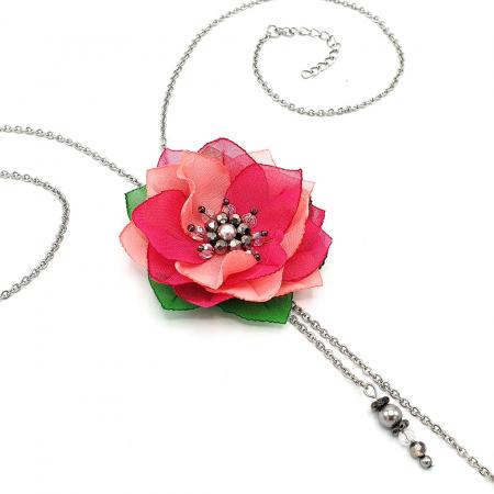 colier-lung-pandantiv-floare-roz [2]
