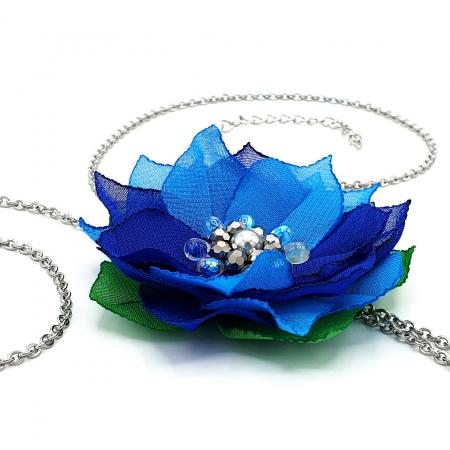 BLUE FLOWER | Colier lung pandantiv floare albastra1