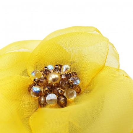 SELENA | Brosa handmade floare galbena2
