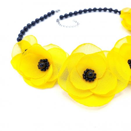 YELLOW CANDY | Colier cu flori galbene2