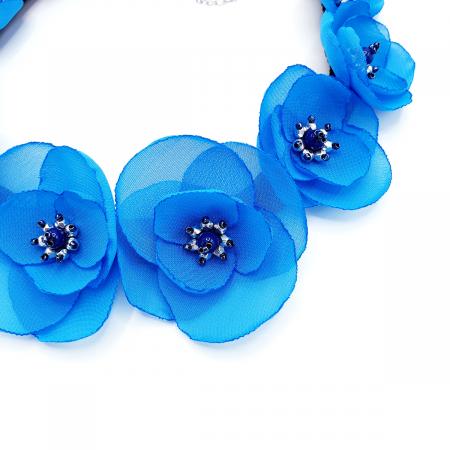 BLOSSOM | Colier cu flori albastre, statement3