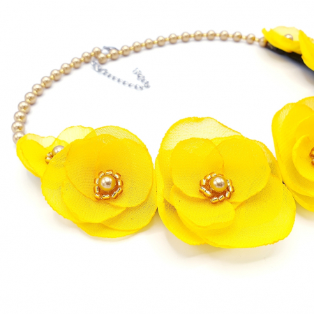 SUNSHINE | Colier statement elegant, flori galbene3