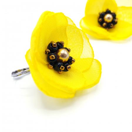 SMILE | Cercei galbeni cu design floral3