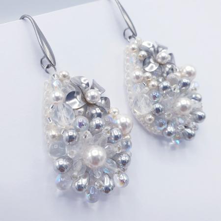 Pure White | Cercei eleganti lacrima albi cu perle si cristale1