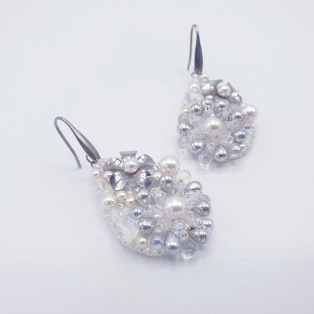 Pure White | Cercei eleganti lacrima albi cu perle si cristale3
