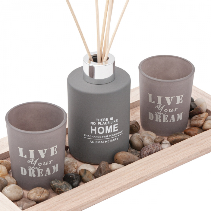 Set  lumânări pe suport din lemn 0
