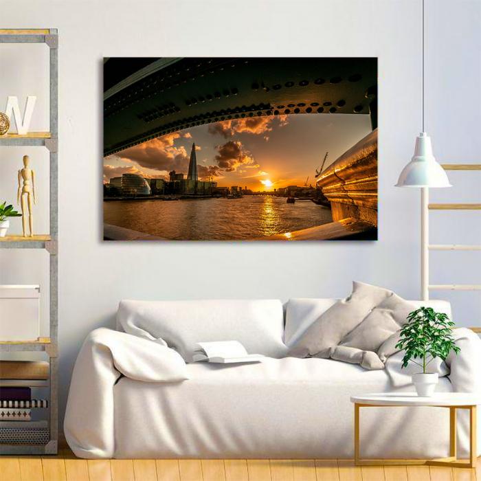 Tablou Canvas - Under the Bridge 3