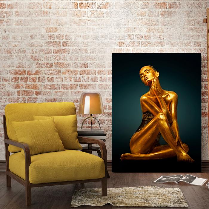 Tablou Canvas - Golden Pose [1]