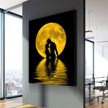 Tablou Canvas - Iubire sub luna3