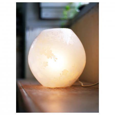 Veioză decorativă cu model, sticlă, albă - 18cm2