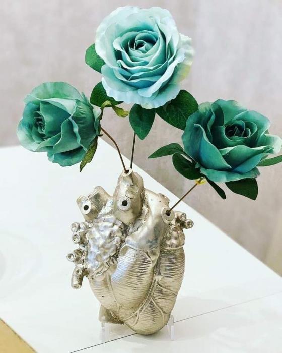 VAZA HEART, pentru o persoana cu viziuni artistice [2]
