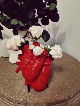 VAZA HEART, pentru o persoana cu viziuni artistice [1]