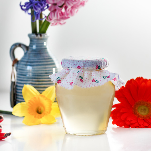 Miere de salcam Zumzete din flori 1