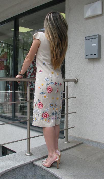 Rochie Iulia, broderie flori [3]