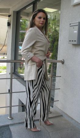 Pantalon Veronica, bej cu negru [0]