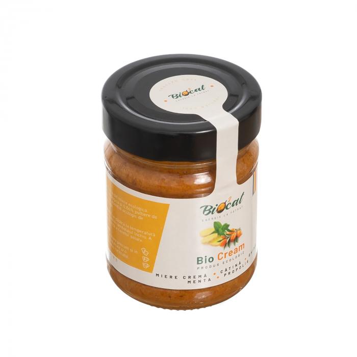 Biocream - cremă tartinabilă din cătină cu cremă de miere, pulbere de cătină, mentă, ghimbir, și propolis [3]
