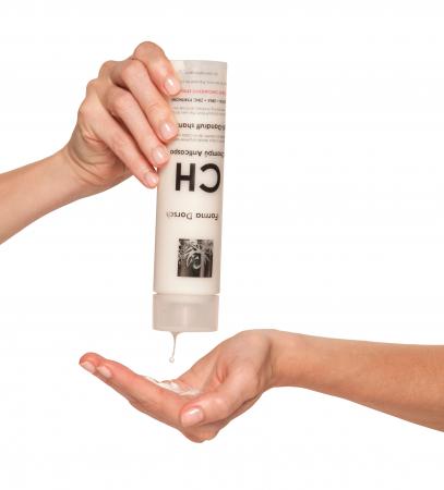 Șampon anti-mătreață [1]