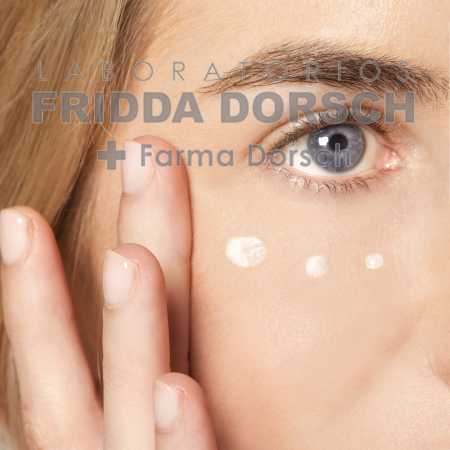 Cremă pentru conturul ochilor cu factor de creștere epitelială [1]