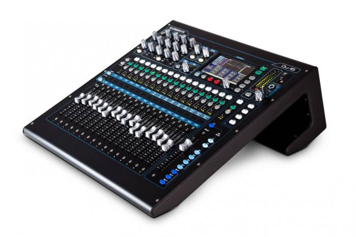 QU-16 - Mixer digital [6]