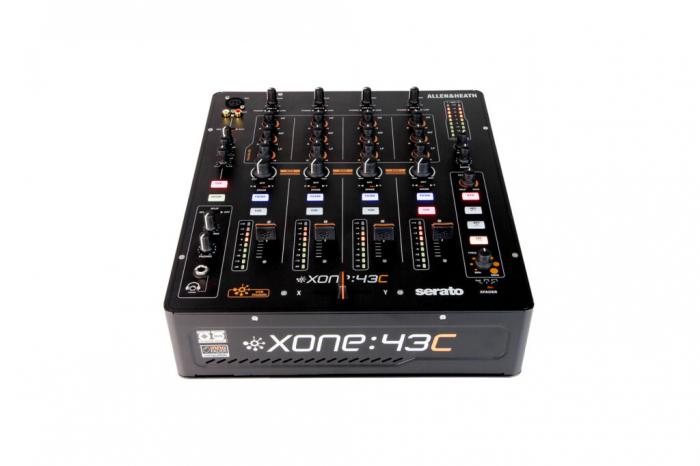 Xone:43C - Mixer pentru DJ [2]