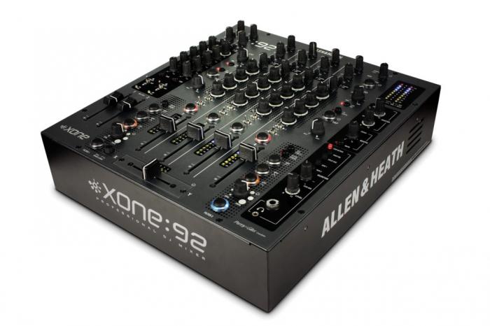 XONE:92 - Mixer pentru DJ [0]