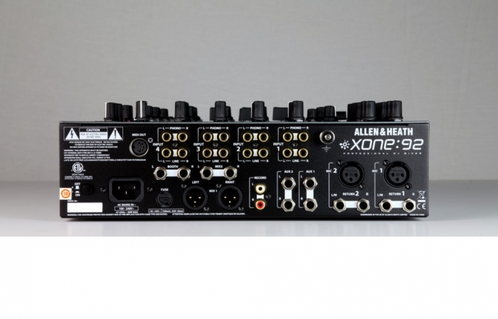 XONE:92 - Mixer pentru DJ [1]