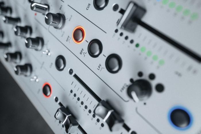 XONE:96 - Mixer pentru DJ [9]