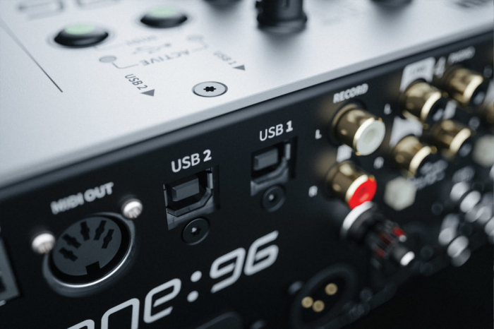 XONE:96 - Mixer pentru DJ [13]