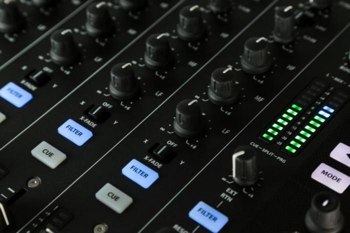 XONE:PX5 - Mixer pentru DJ [11]