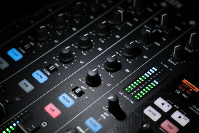 XONE:PX5 - Mixer pentru DJ [22]