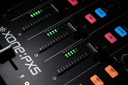 XONE:PX5 - Mixer pentru DJ [17]