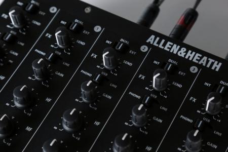 XONE:PX5 - Mixer pentru DJ [14]