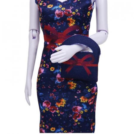 Atelierul de creatie vestimentara floral Couture, Dress Your Doll [4]