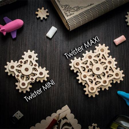 Set constructie mini cu mecanism Puzzle 3D TWISTER MINI din lemn 18 piese @ EWA [1]