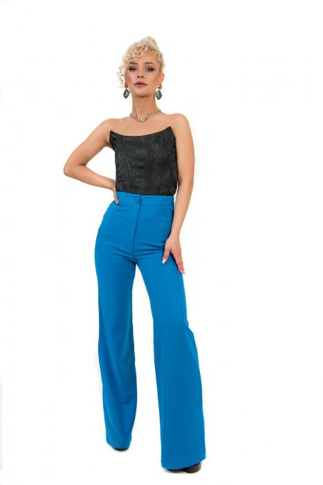 Pantalon albastru evazat [2]