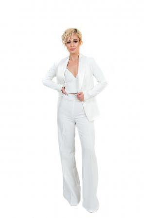 Pantalon alb evazat [2]