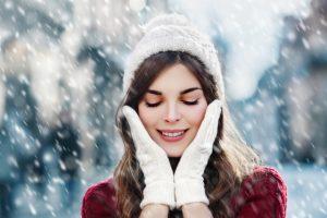 Cum să-ți îngrijești pielea în sezonul rece