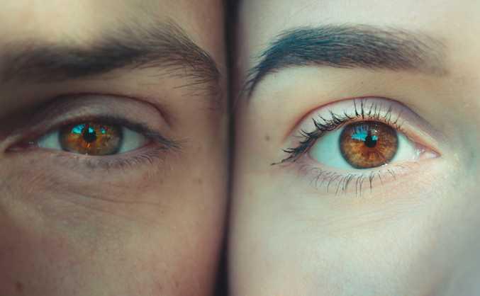Îngrijirea corectă a pielii din jurul ochilor