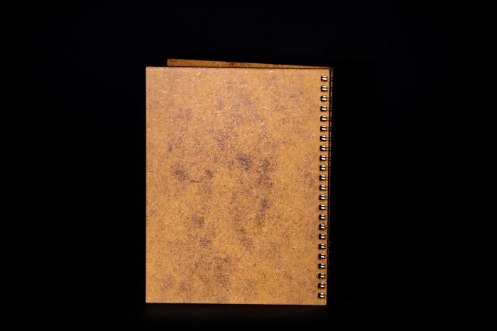 Agenda A5 personalizata din lemn cu bufnita [1]