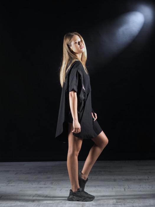 Bluza Neagra Super Dimensionata Accesorizata Cu Fermoare [2]