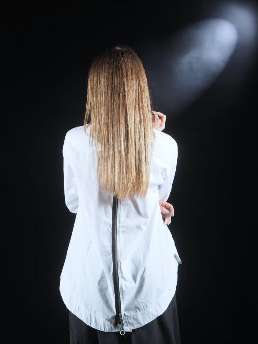 Camasa alba cu fermoar pe spate [1]