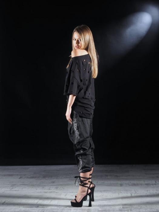 Tricou Negru Gaurit [5]