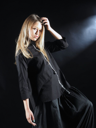 Bluza Neagra Cu Benzi [4]