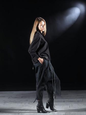 Pantalon Negru Cu Talie Inalta [9]