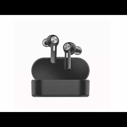 in ear [0]